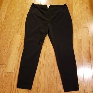 Chico's Zenergy black legging in Chico's = size 3